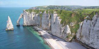 A világ 10 leglenyűgözőbb tengeri sziklája