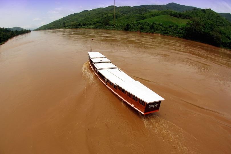 Hajózás a Mekong folyón
