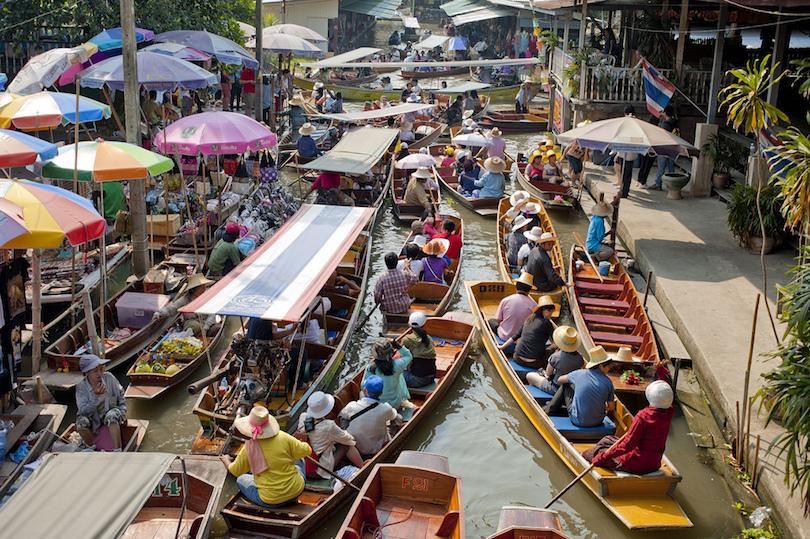 Úszó piacok Bangkok közelében
