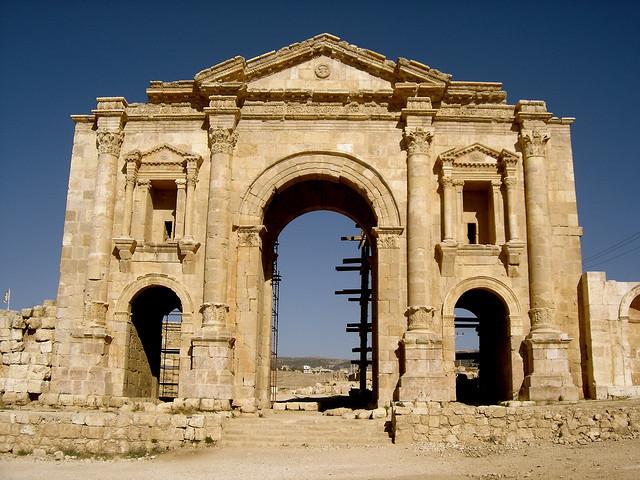 Jerash - Hadrianus diadalíve