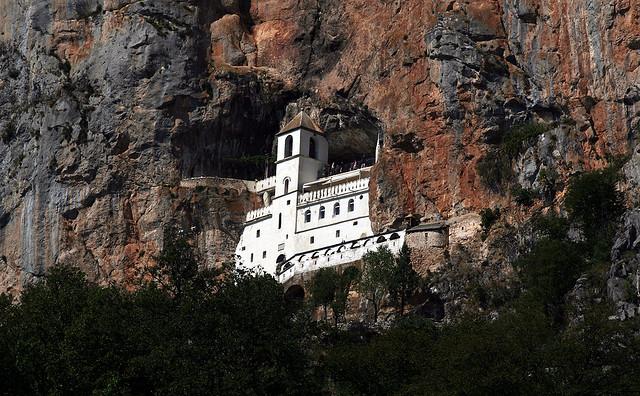 Ostrog kolostor