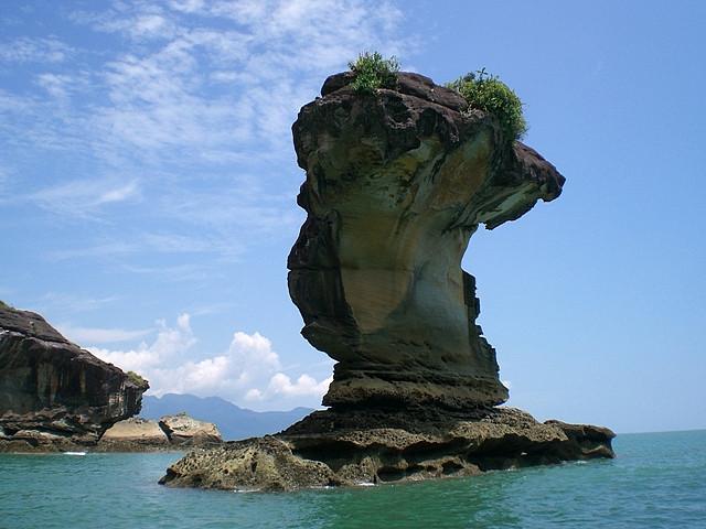 Bako tengeri kőoszlop