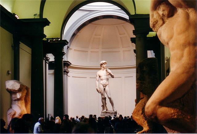 Dávid szobor