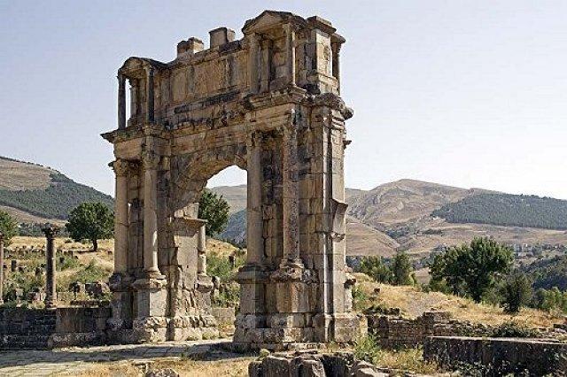 Djemila - Caracalla diadalíve